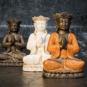 crowned buddha