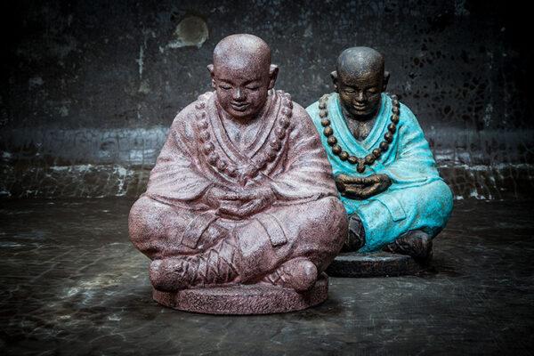 Shaolin Buddha with lowered head