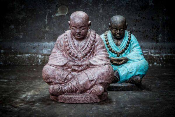Giant shaolin Buddha lowered head