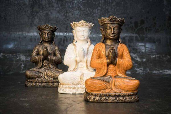 Crowned Buddha praying total view
