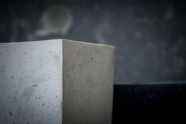 elongate tapper set squared details white