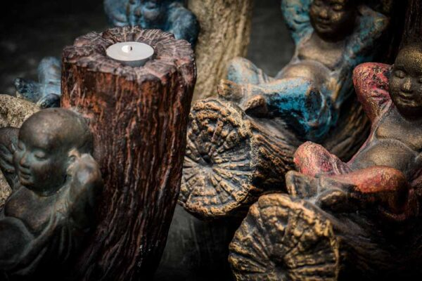 Relaxing Buddha candle holder details turquoise