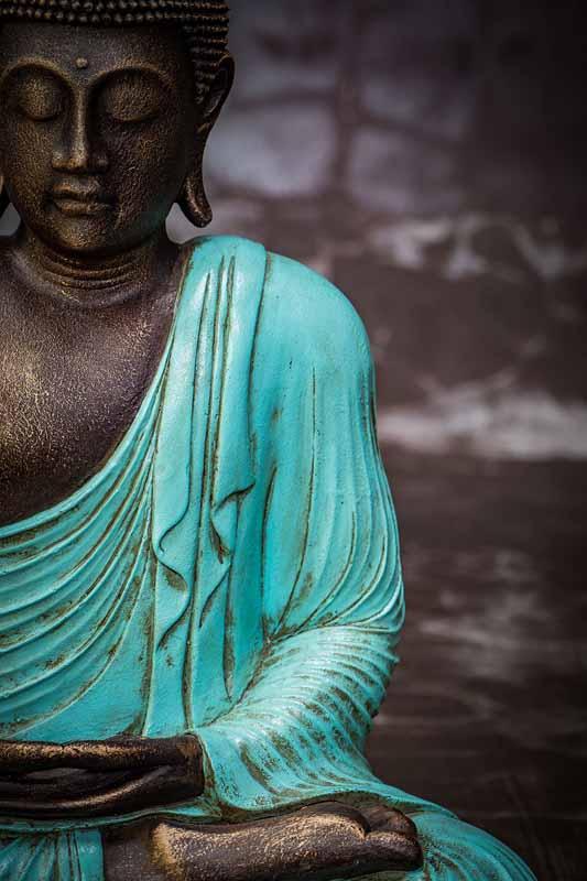 Closed eyed Buddha shoulder details turquoise